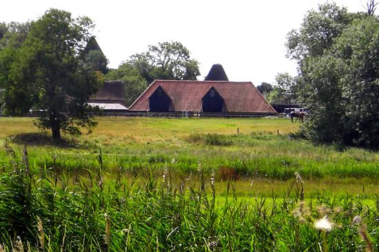 Preston Court Barn